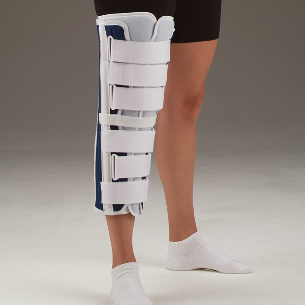Deroyal Deluxe Tri Panel Knee Immobilizer Highland